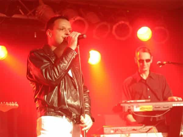 Jonny singt Dave Gahan