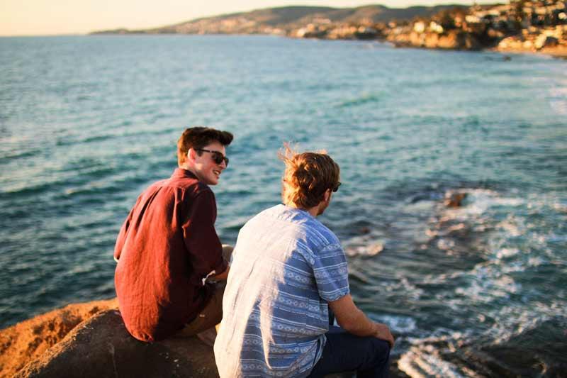Freunde am Meer